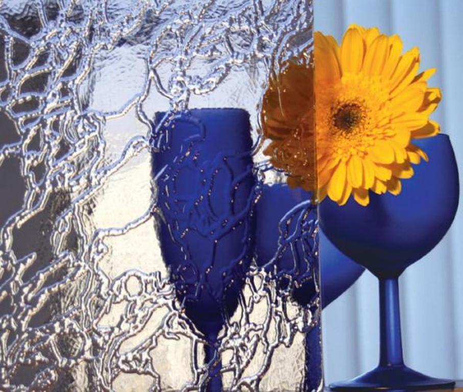 Услуги изготовлению узорчатого стекла в Петербурге