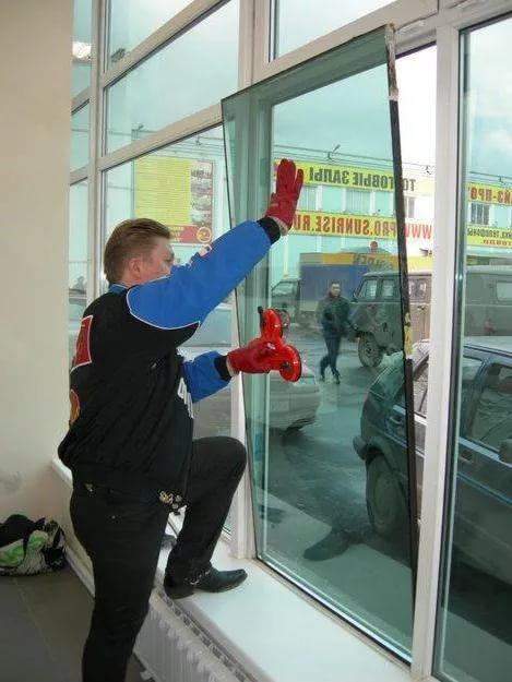 Замена стеклопакетов в Санкт-Петербурге